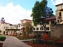Pomona College Wikipedia