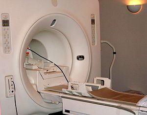 The opening in a GE Signa MRI machine