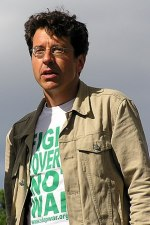 en: Picture of George Monbiot at the Make Pove...