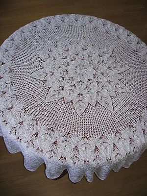 English: lace tablecloth made using knitting n...