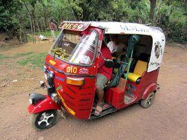 Three-wheel Taxi (7185455520)