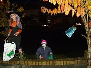 """English: A typical Halloween """"trick or tr..."""