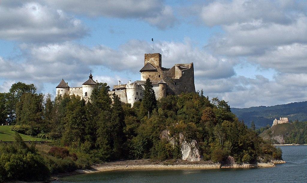Niedzica Castle, Niedzica-Zamek village, Nowy Targ County, Lesser Poland Voivodeship, Poland