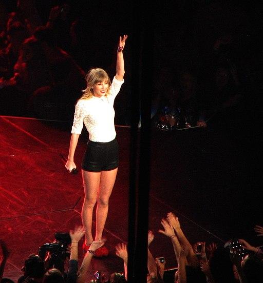 Taylor Swift IMG 0098 (9926896645)