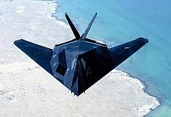 F-117 Nighthawk  avião militar de ataque