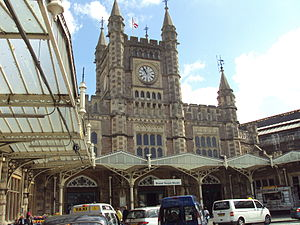 Frontage of Bristol Temple Meads railway station.