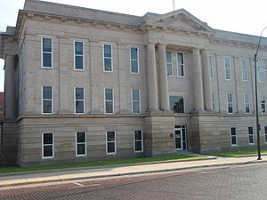 English: Ford County Courthouse in Dodge City,...