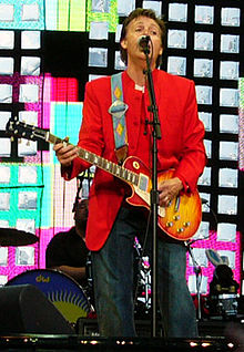 McCartney performing in Prague, 6 June 2004