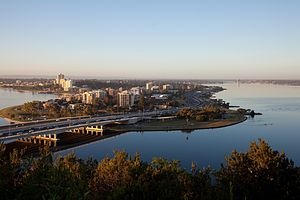 English: View of South Perth from Kings Park