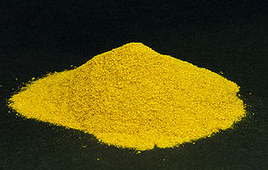 English: Turmeric powder Deutsch: Kurkuma-Pulver