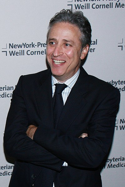 File:Jon Stewart at Cabaret 2008 benefit.jpg
