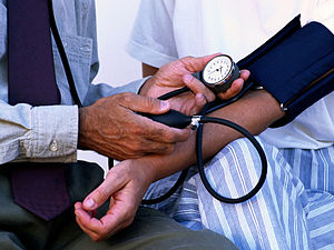 English: Blood pressure measurement.
