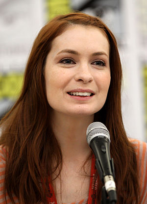 English: Felicia Day at the 2011 Comic Con in ...