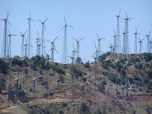 An early wind farm in the Tehachapi Mountains ...