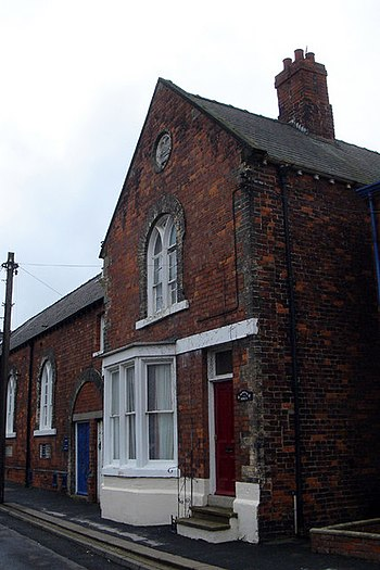 English: The Old School House. The Old School House, Maltby Lane. The school is now a Youth Centre run by the North Lincolnshire Directorate of Education & Personal Development.