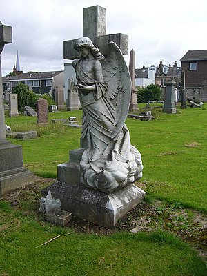 English: Angel sculpture, Morningside Cemetery