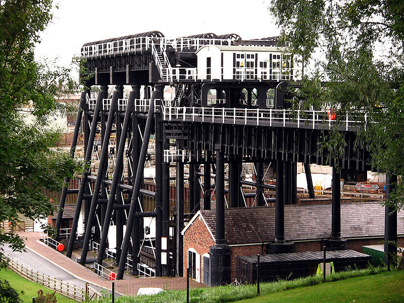 The Anderton Boat Lift was built in 1875 to lift boats 50 between the River Weaver and the Trent and Mersey Canal.
