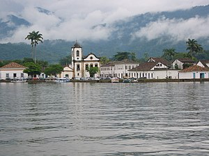 English: Paraty from the bay (Brazil).