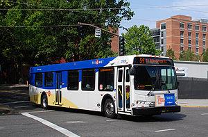 English: Bus 2909 of TriMet, the public transi...