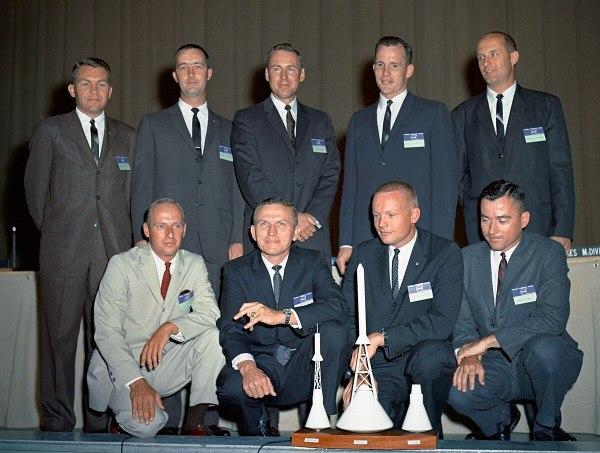 NASA Astronaut Group 2 - Wikipedia