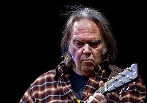 English: Neil Young in concert in Oslo, Norway...