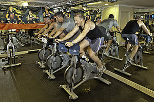 English: Spinning - static bicycle health regi...