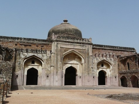 File:Khairul Manazil, Purana Qila, Delhi.jpg