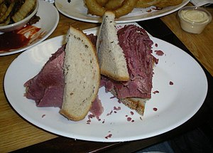 English: A corned beef sandwich from the Carne...