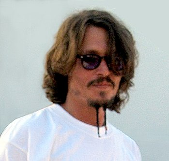 English: Photograph of the head of Johnny Depp