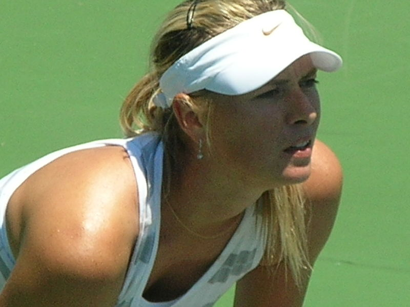 File:Maria Sharapova practicing at Bank of the West Classic 2010-07-25 7.JPG