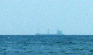 English: Ship at horizon: due to earth curvatu...