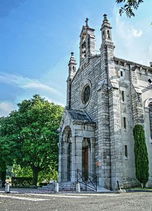 English: St Roseline church in Roquefort la Bé...