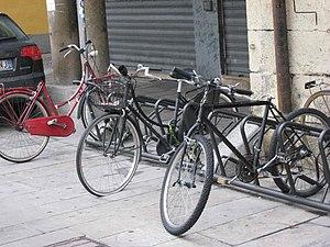 Biciclette saccheggiate a Padova