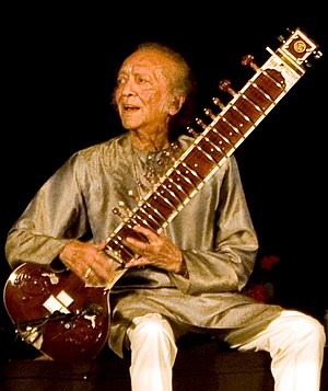 English: Ravi Shankar performs in Delhi with h...