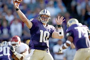 Photo of Washington Huskies quarterback Jake L...