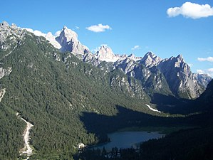 Toblacher See in den Dolomiten, fotografiert b...