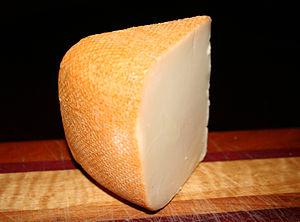 English: Etorki Ossau-Iraty cheese