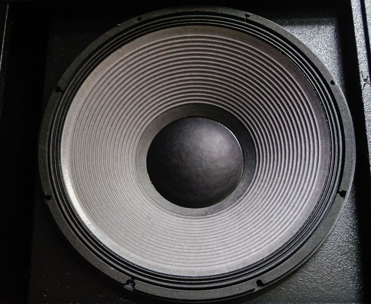 Subwoofer Wikipdia