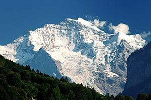 English: Jungfrau seen from near Interlaken