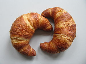 English: Lye croissants, popular variety of th...