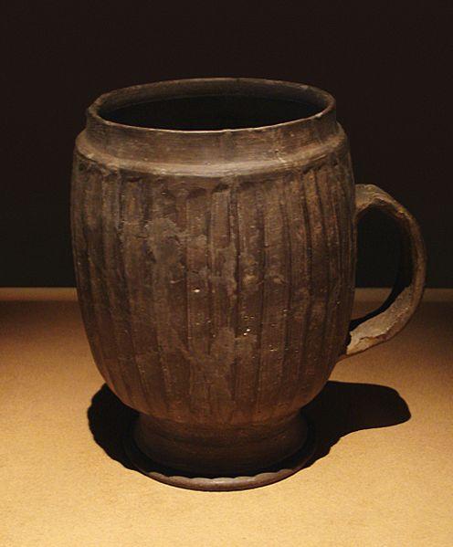 File:CMOC Treasures of Ancient China exhibit - large grey mug.jpg