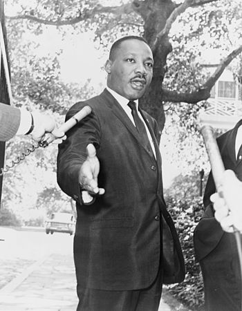 Gracie Mansion, Rev. Martin Luther King press ...