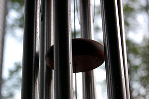 English: Wind chime close-up