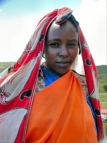 File:Kenyan woman 2.jpg