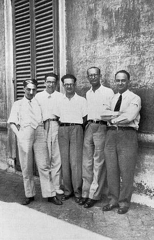 English: Enrico Fermi and his students in the ...