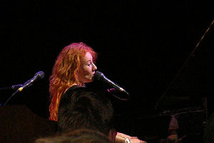 English: Tori Amos in concert in Frankfurt, Ge...