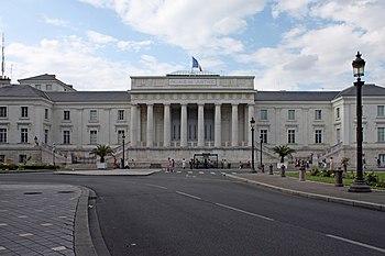 English: The courthouse of Tours. Français : L...