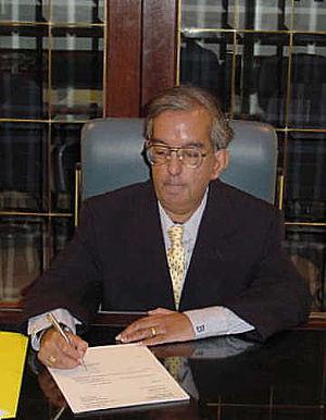 English: Mr.B As A Lawyer