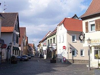 Gau-Algesheim. Langgasse.