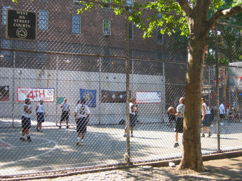 File:West 4th street courts.jpg